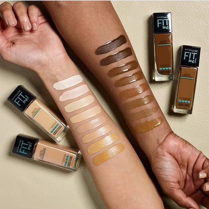 Matte & Poreless Foundation -tapahtumat Maybellin Fit me