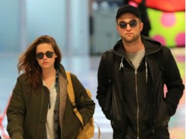 Kristen Stewart (Kristen Stewart) ja Robert Pattinson (Robert Pattinson)